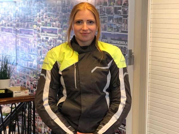Amanda-Moped-200504