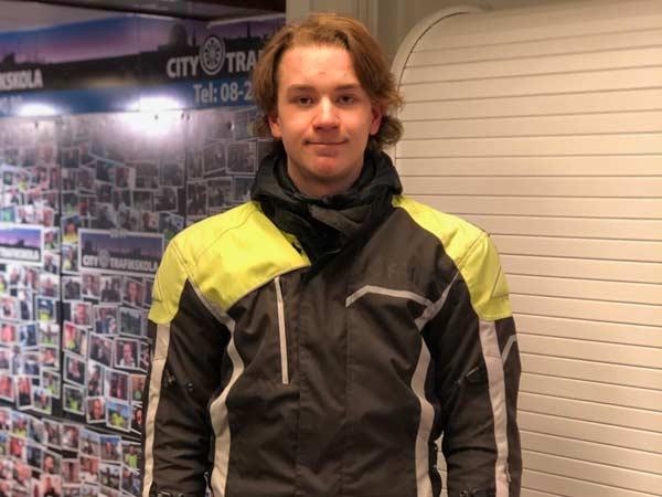 William-Moped-200212